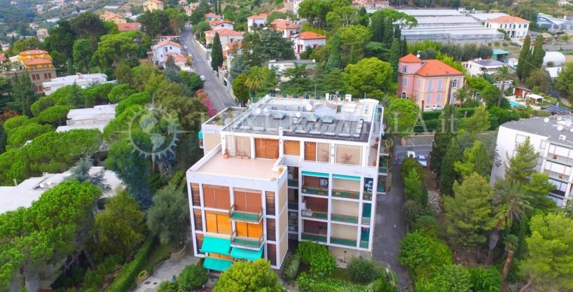 Apartment with sea view  for sale in Sanremo